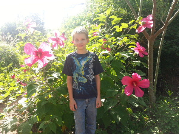 Mitchell & Hibiscus in Memory Park