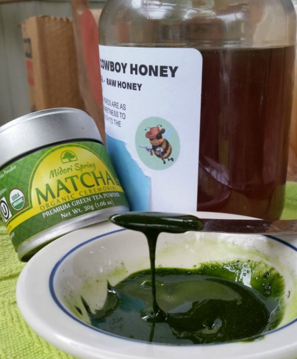 Midori Spring Matcha Powder and honey make a great facial!