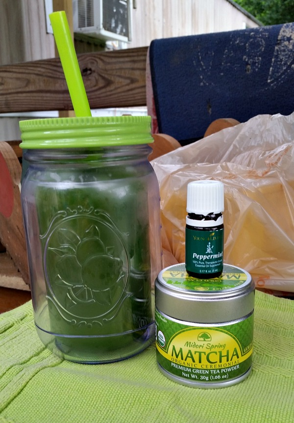 Nothing more rejuvenating than an ice cold glass of Midori Spring Matcha Powder tea!
