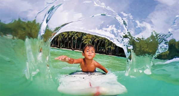 See those great vacation shots immediately on the GoPro HERO + LCD screen! Available now at Best Buy!