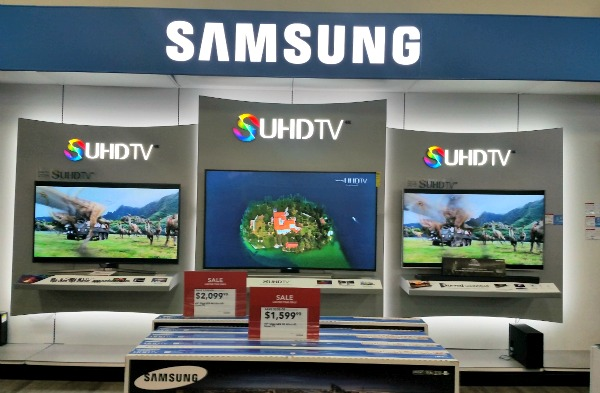 Samsung SUHD 4K TV Display at my BestBuy