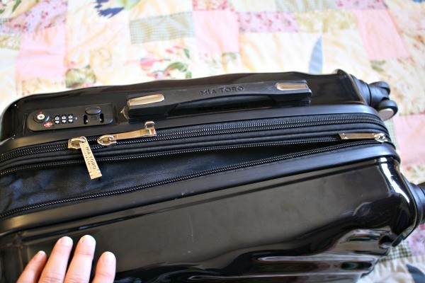 This zipper makes my Spinner Hardside Luggage from BeltOutlet.com expandable!