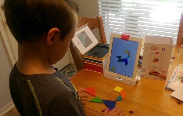 Playing Tangram on Osmo - Fun and Educational!