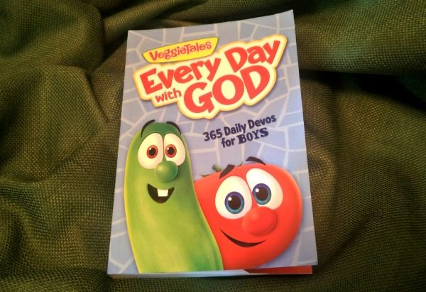 VeggieTales' Every Day With God Devo for Boys