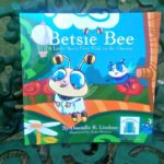 Betsie Bee is one of Miss Danielle's Preschoolbuds