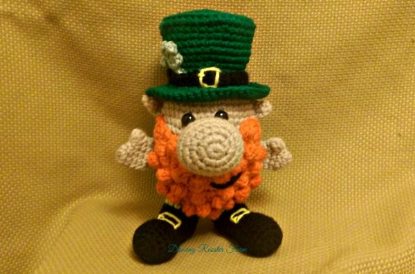 This Leprechaun Noggin Pal by Mary Smith was perfect for the Lucky Clover Giveaway Hop!